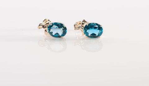 Beautiful Blue Topaz Stud Earrings in 14K