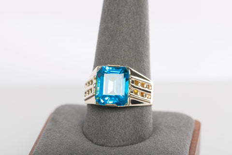 Stunning Blue Topaz and 14K Yellow Gold Ring