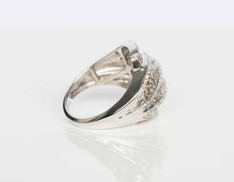 Ladies 14K White Gold and Diamonds Cocktail Ring