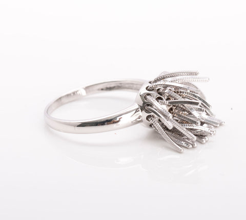 Unique 18k White Gold Fringe Ring