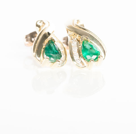 Beautiful 10K Yellow Gold Emerald & Diamond Stud Earrings