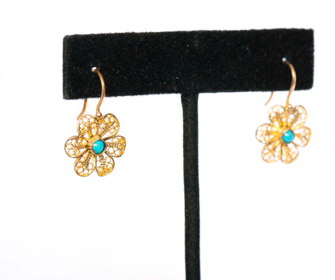 Gorgeous 20K Yellow Gold & Turquoise Flower Earrings