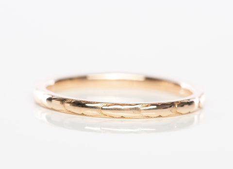 1930's Dainty 14k Yellow Gold Textured Band Ring
