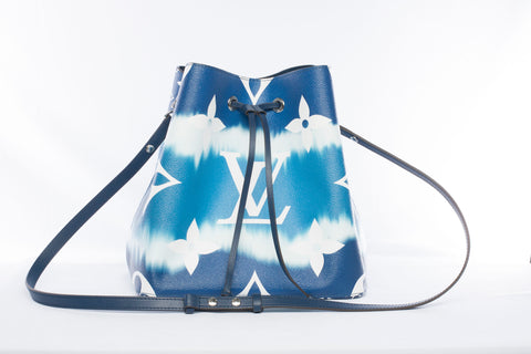 Louis Vuitton Escale Néo Noé MM Blue Tie-Dye Bucket Bag