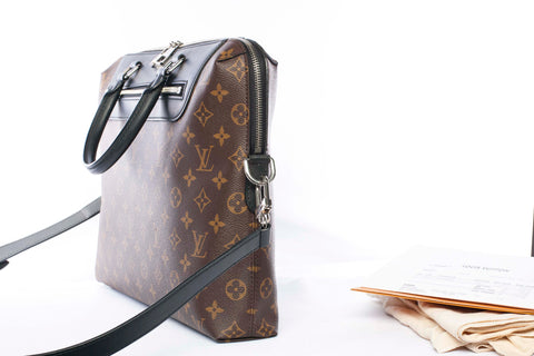 Authentic LOUIS VUITTON Porte Documents Jour Monogram Messenger Shoulder Bag