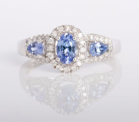 tanzanite ring with diamonds white gold