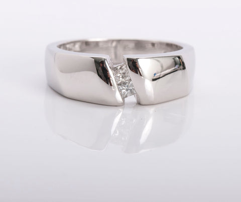 White Gold Diamond Ring 18k