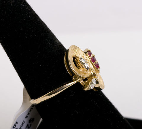 Size 7 Gold Diamond and Ruby Ring