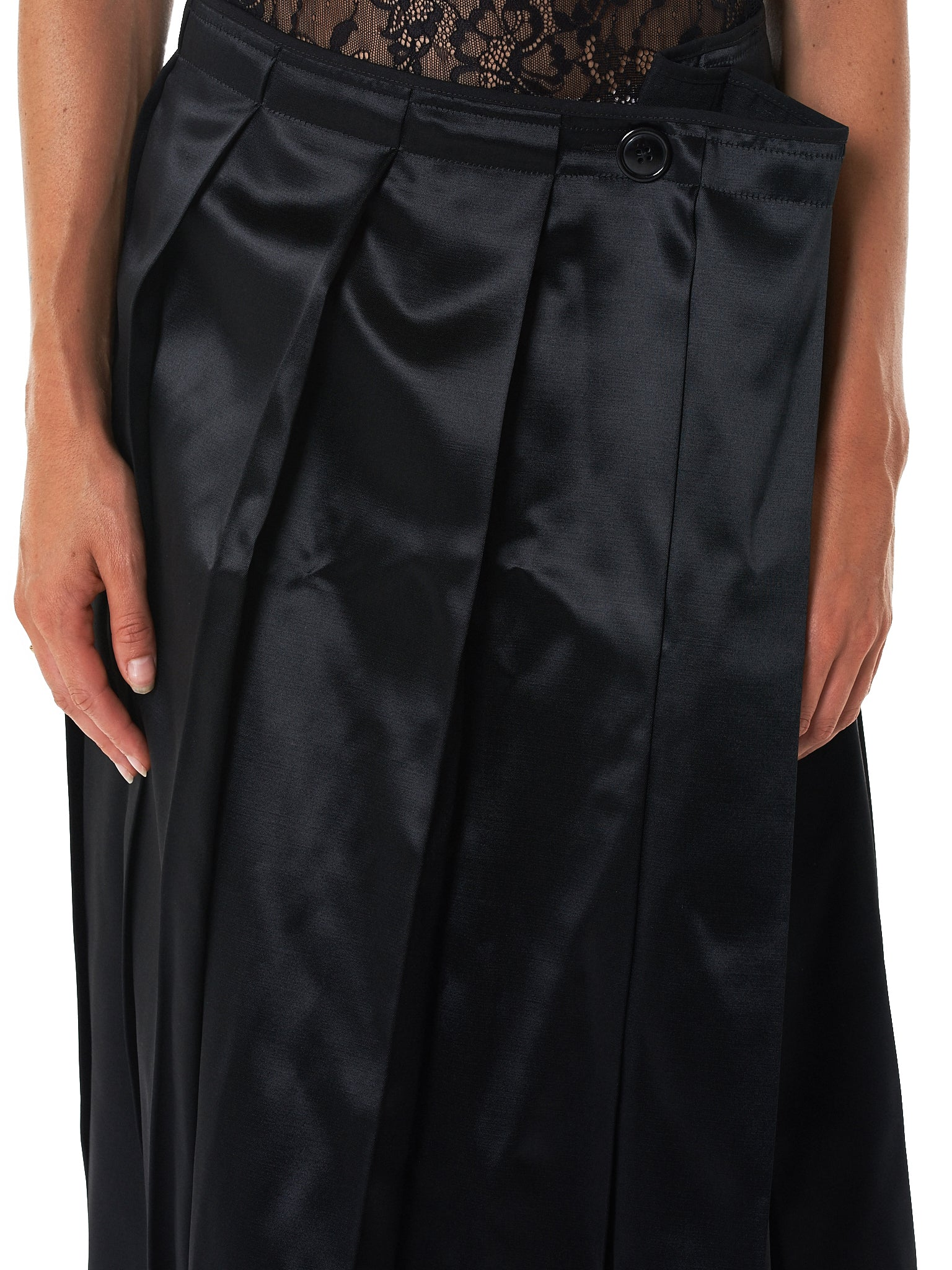 Pleated Polysatin Skirt (028-BLACK-POLY-SATIN)