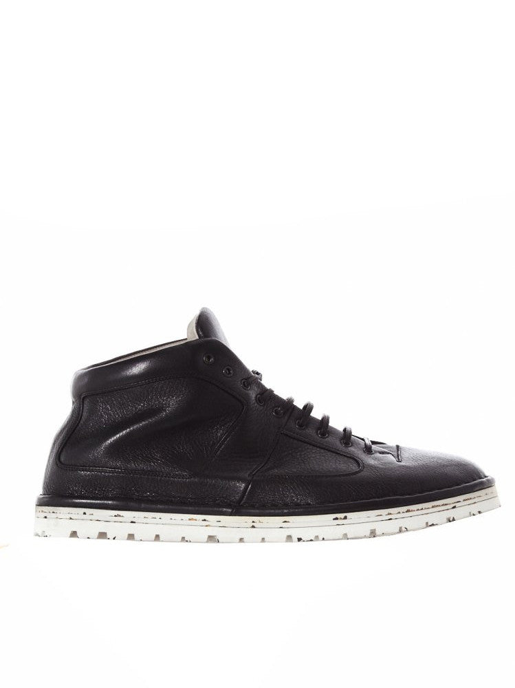 Rubber Sole Paneled Lace-Up (MMG032 BLACK)