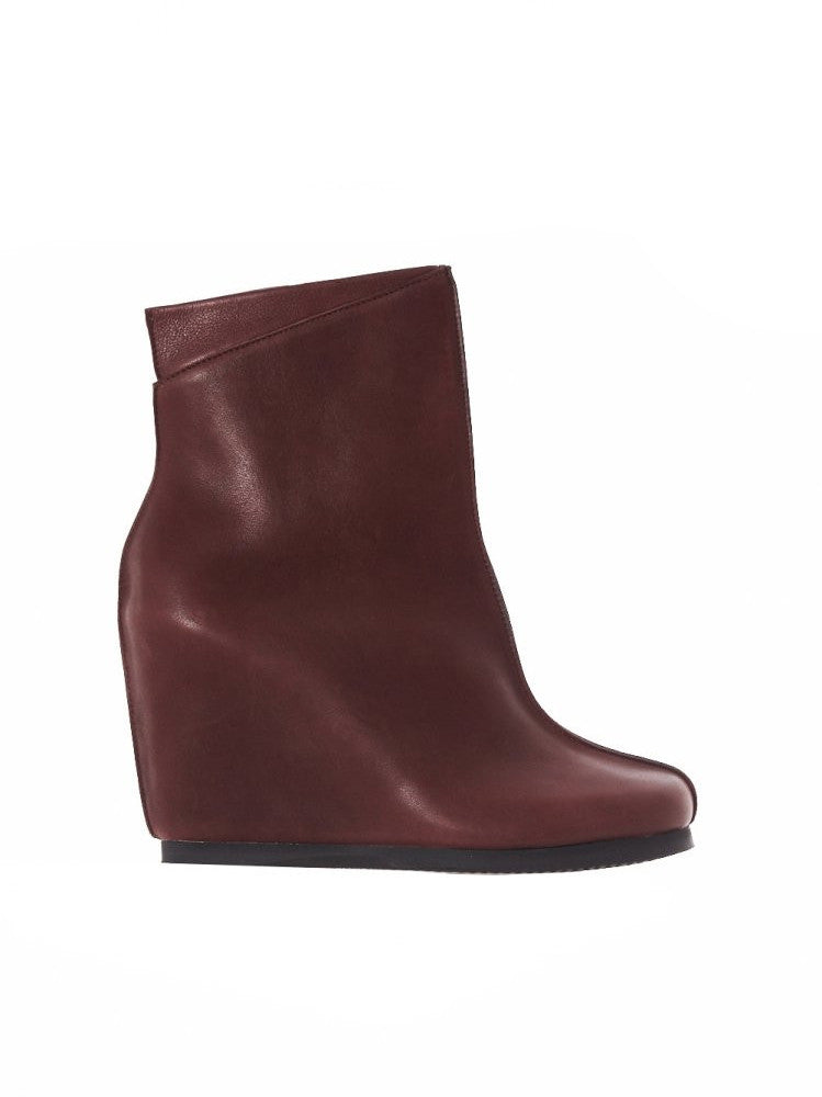 Hora Wedge Boot (AW16-HORA-RED)