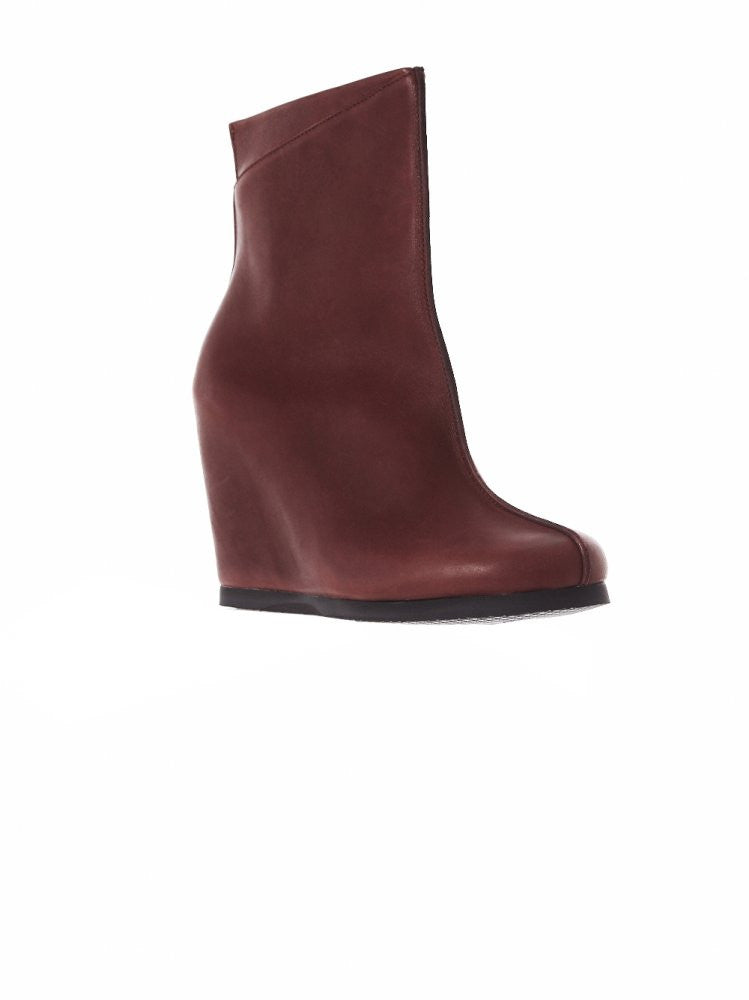 Hora Wedge Boot (AW16-HORA-RED) - H. Lorenzo