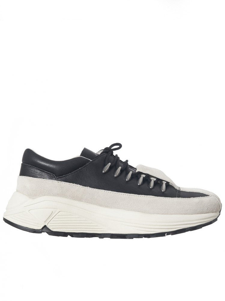 Contrast Tiered Low Sneaker (KS16FWRSF2-201 BLK/GRY/WHT)