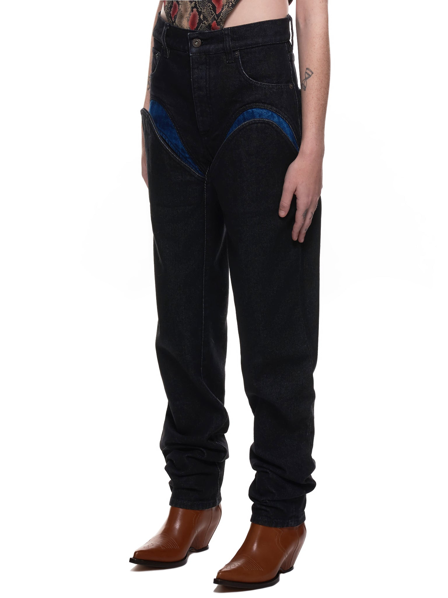 Double-U Cut Out Denim Trousers (WJEAN30-BLACK-NAVY)