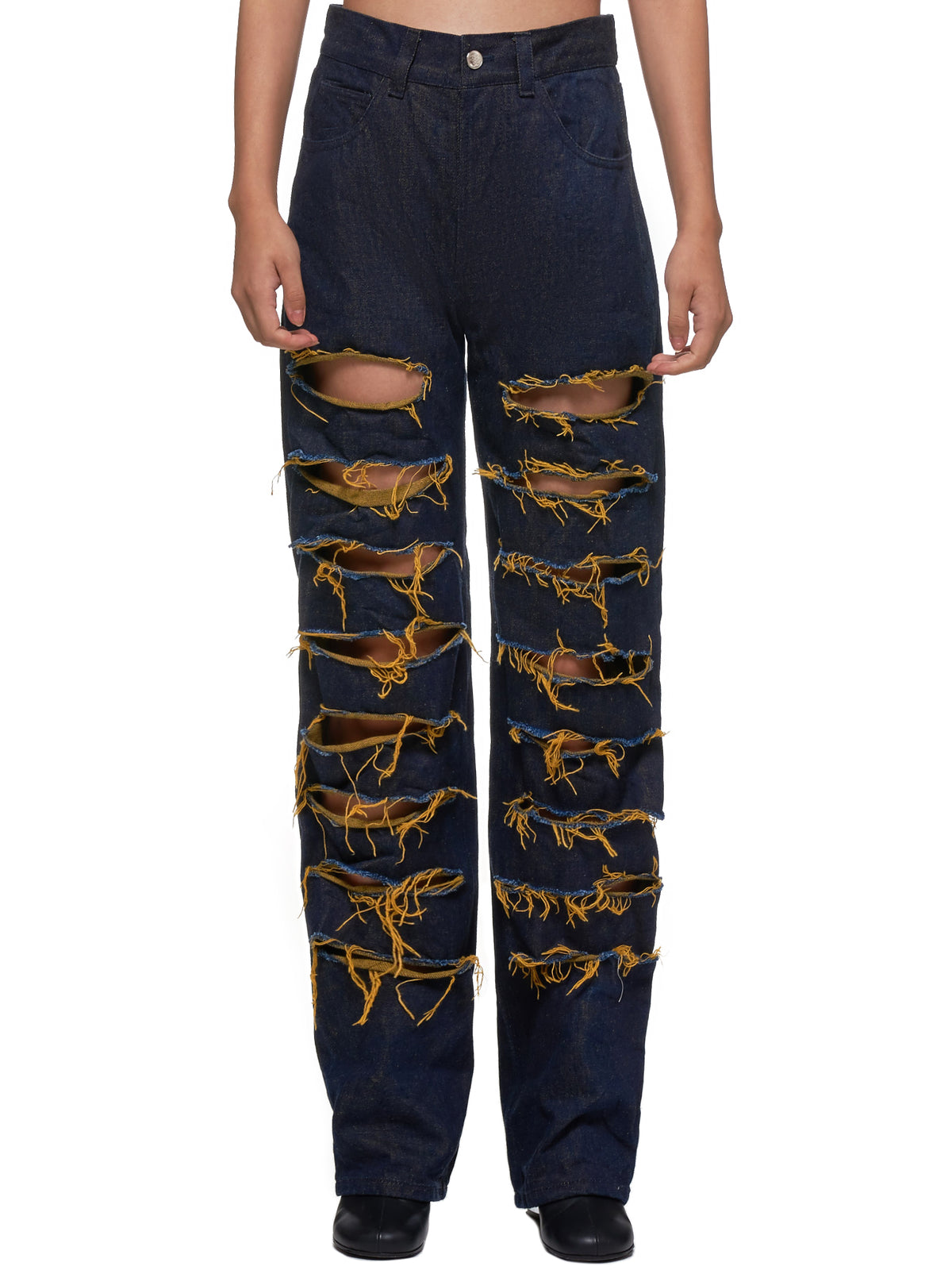 Asen Jeans by Leo, available on hlorenzo.com Kendall Jenner Pants SIMILAR PRODUCT