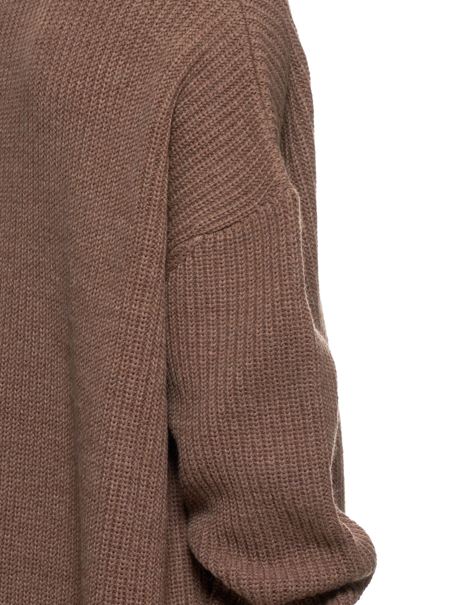 John Lawrence Sullivan Sweater | H.Lorenzo Detail 1