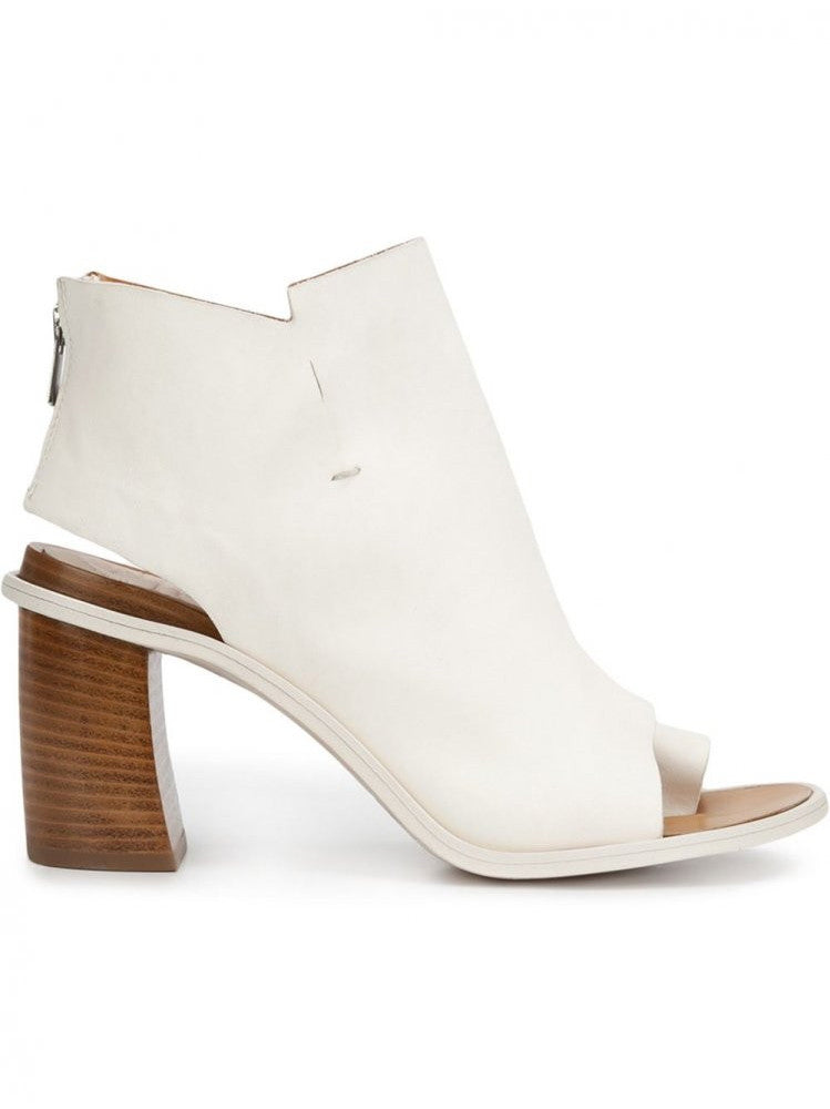 Cut-Out Detail Ankle Boot (PATMOS/002 CUL. OIL BIANCO)