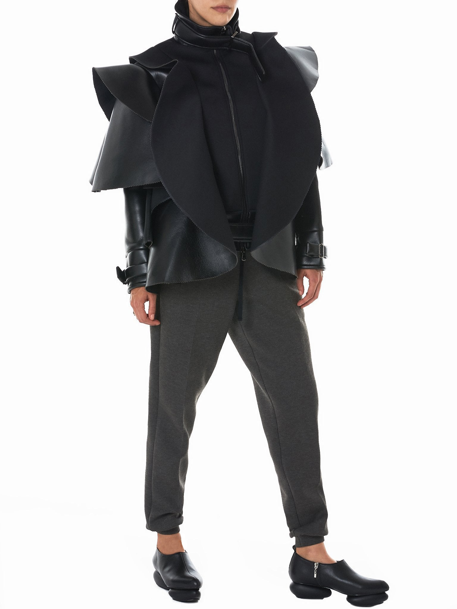 Structural 'Armory' Jacket (A1716-BLK)