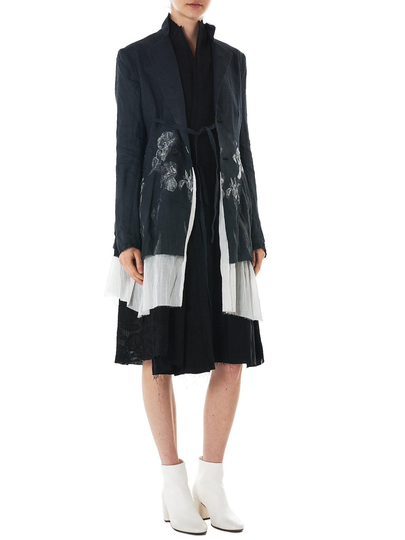 A Tentative Atelier Sleeveless Coat - Hlorenzo Style