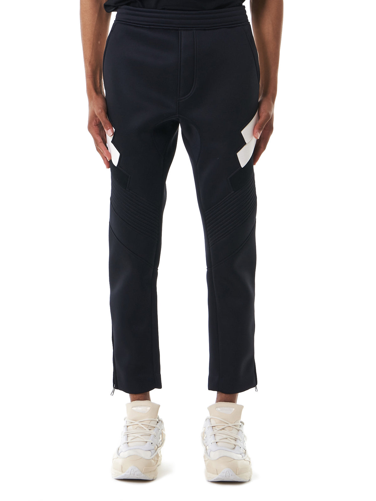 Structural-Panel Tapered Sweatpants (BPA373V-E544C-042) - H. Lorenzo