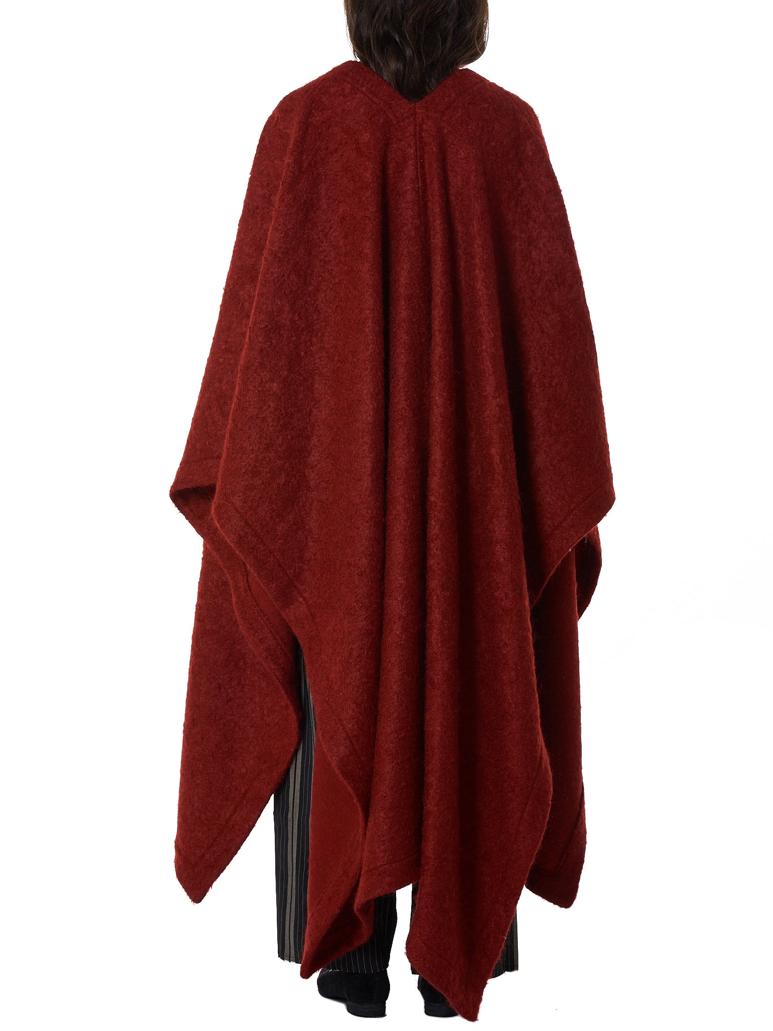 Mantled Cape (DW22F18-DEEP-RED)