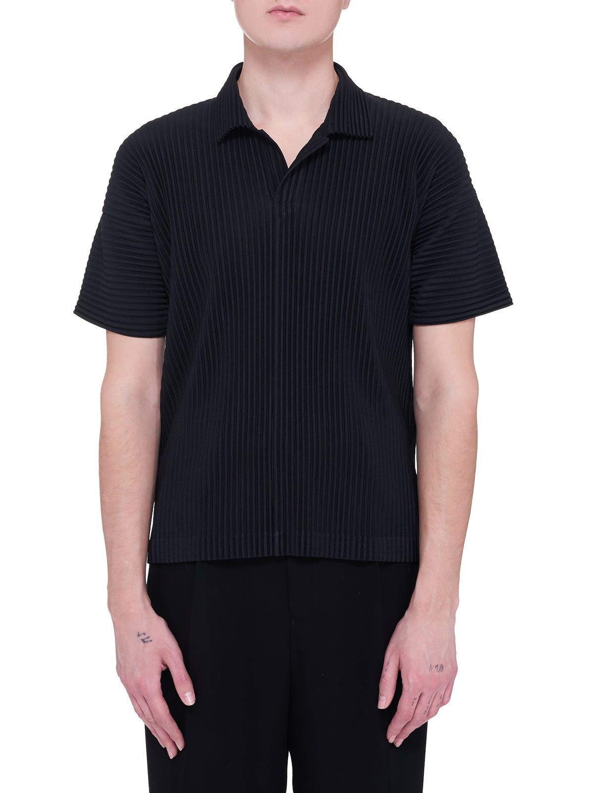 Pleated Polo Top (HP16JM030-BLACK-BLACK-WHITE)