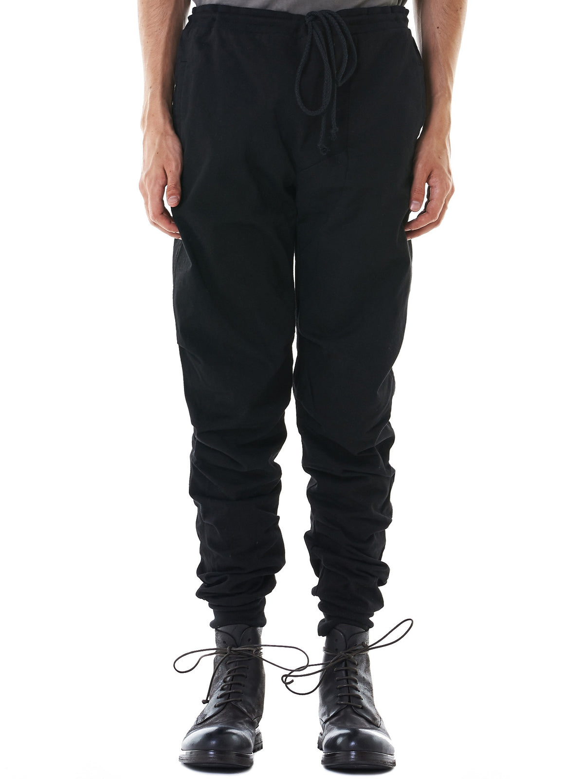 Pleated Track Pants (M21-552-621R-BLACK)