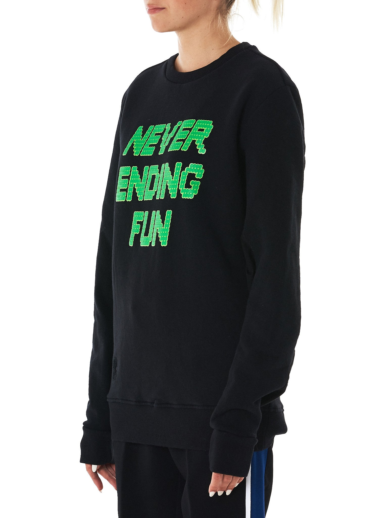 Tim Coppens-HLorenzo-sweater side view