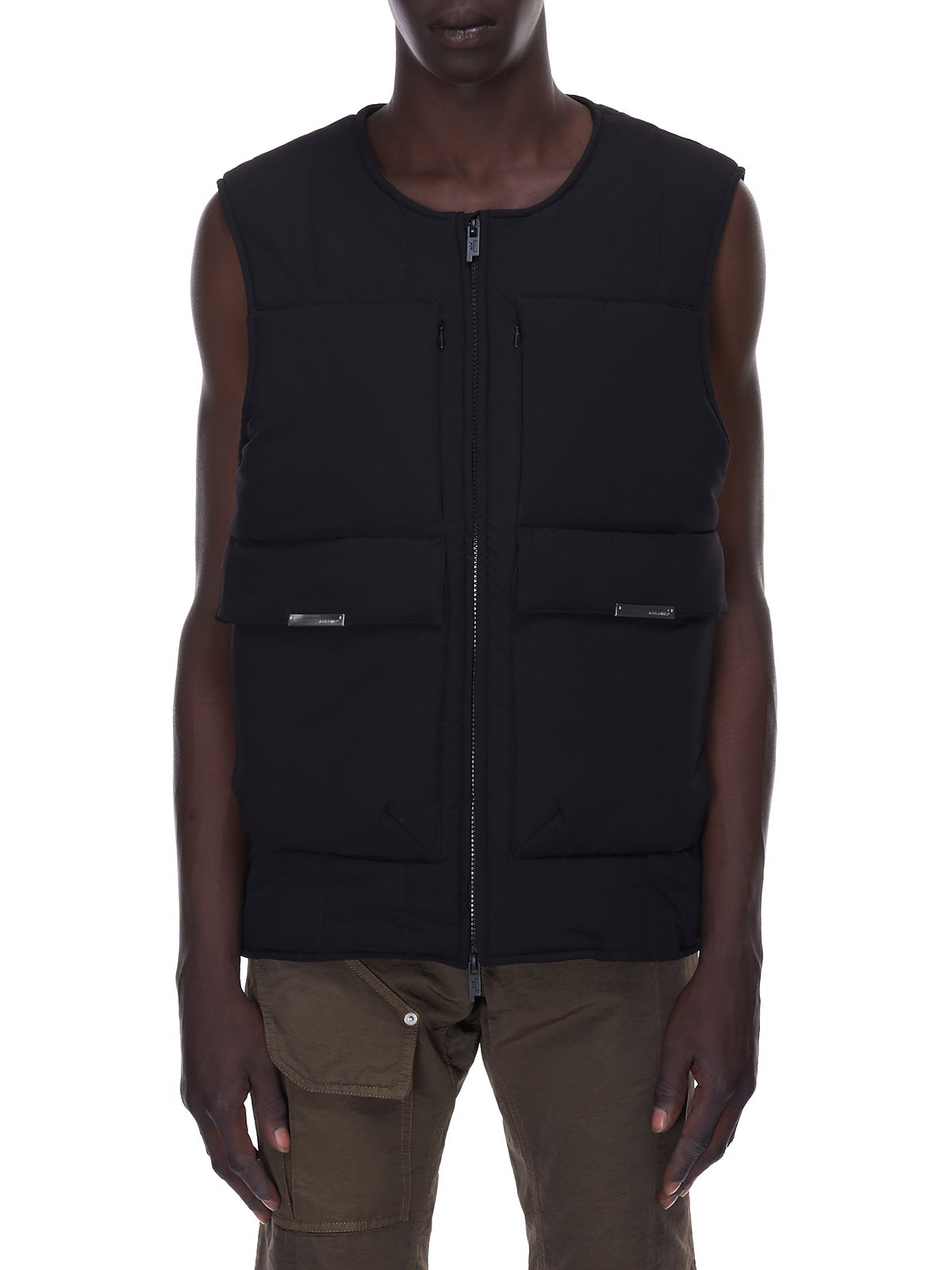 Quilted Technical Vest (MO047-BLACK)