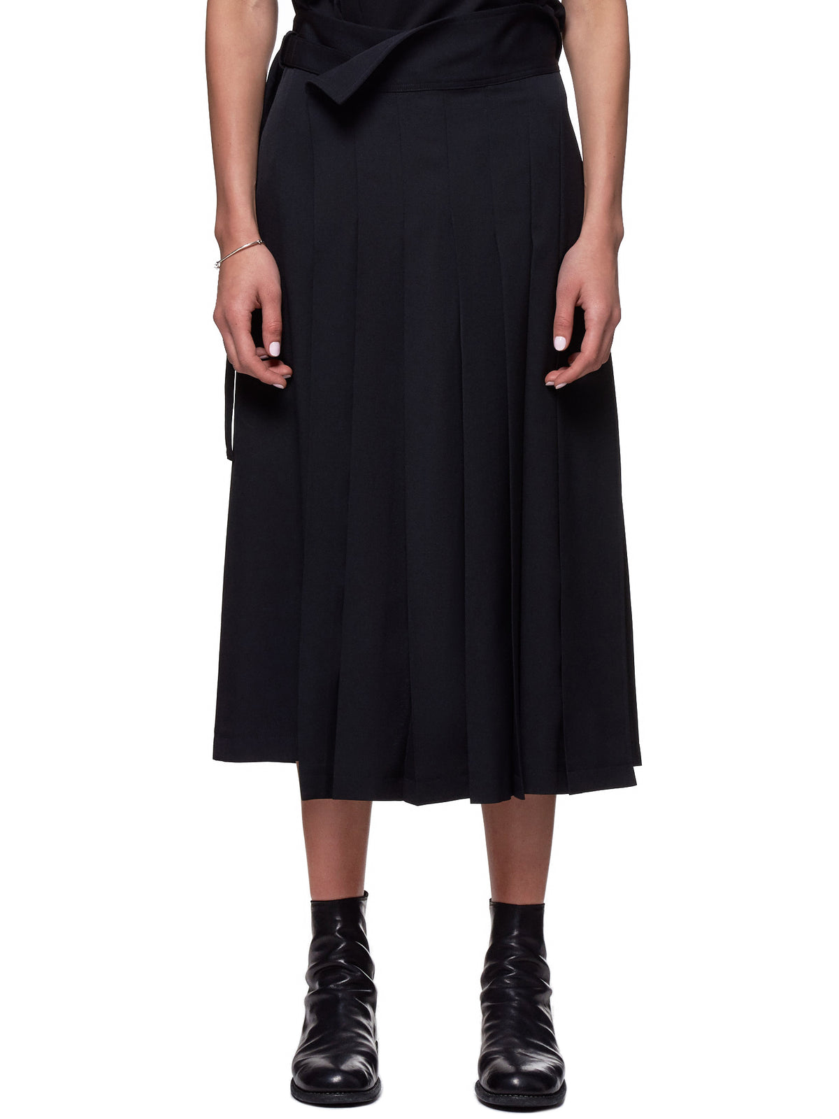 Pleated Trousers (NH-P11-100-BLACK)