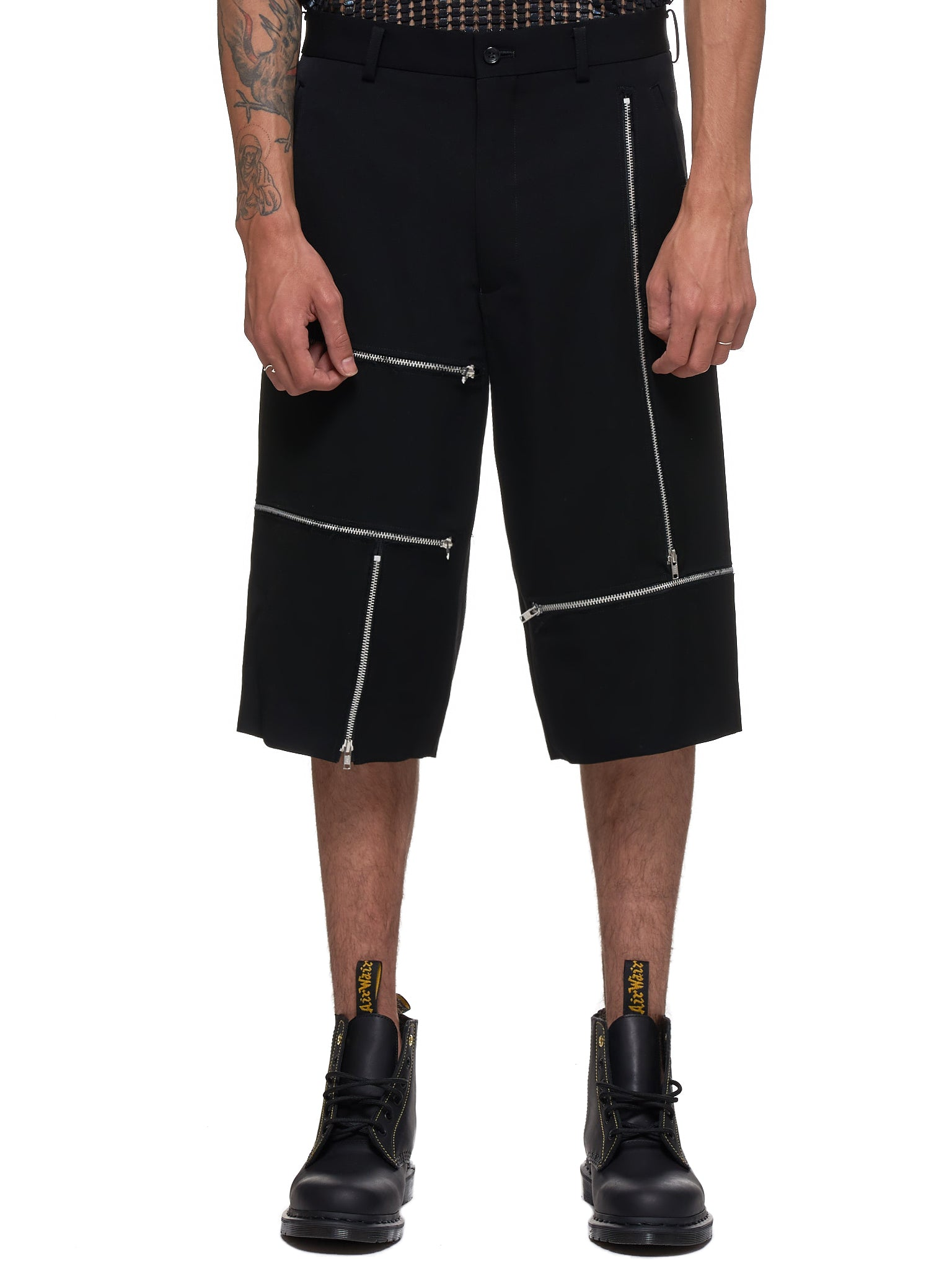 Zippered Shorts (PD-P012-051-BLACK)