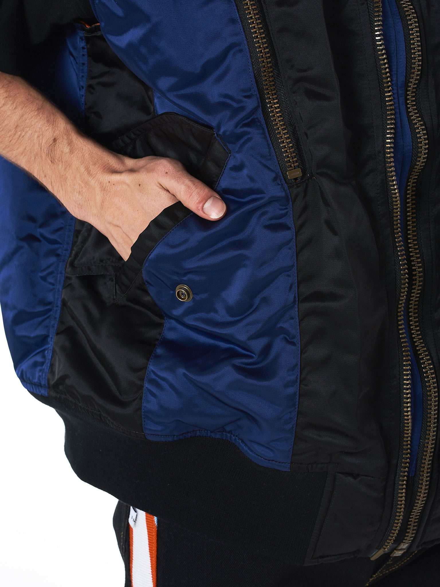 Zippered Nylon Vest (RB-VE-M04-BLACK-NAVY)