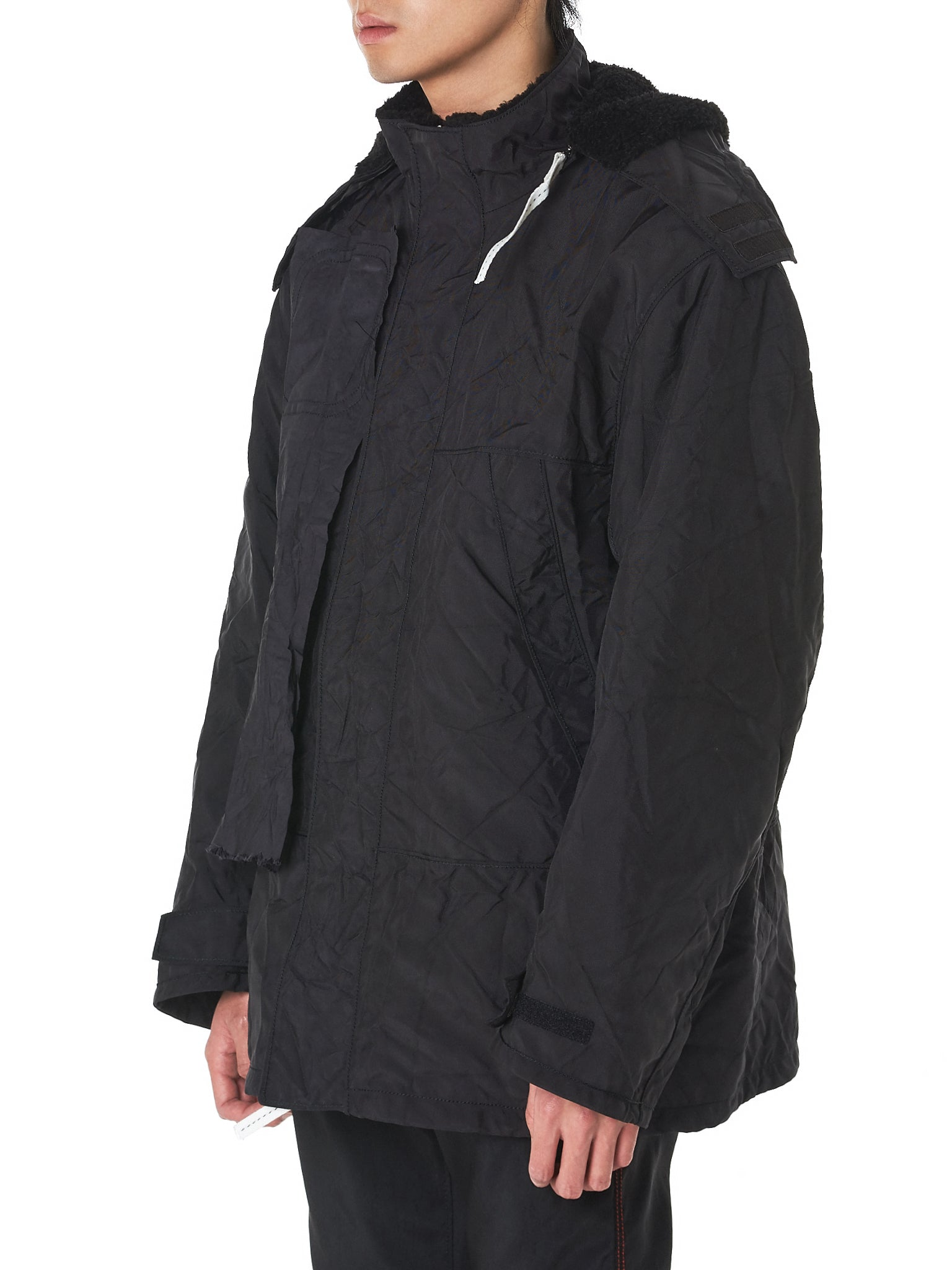 Kanghyuk Windbreaker - Hlorenzo Side