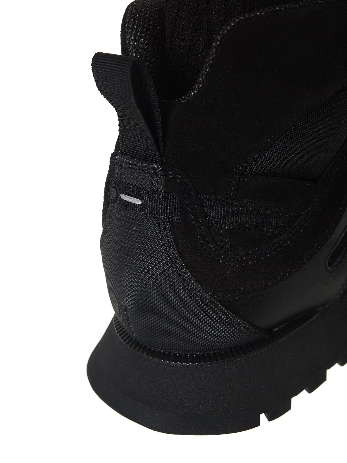 'Security' Sock Neck Runner (S37WS0456-T8017)