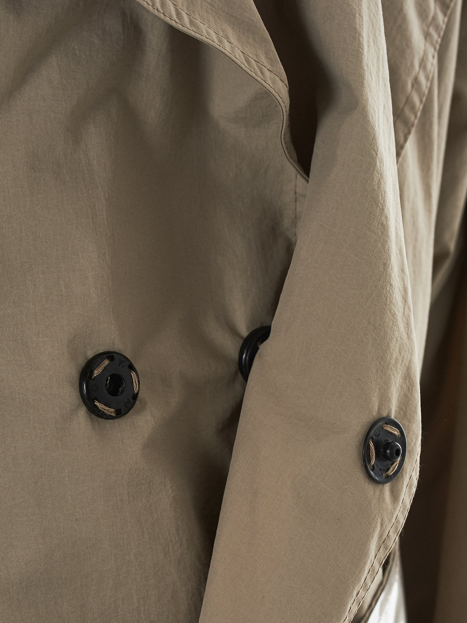 Tourne De Transmission Trench Coat - HLorenzo Detail 3