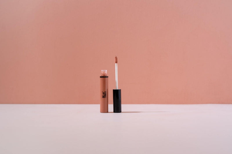 Blać Cosmetics | Vegan Matte Lip Lacquer | The Colab Store  | Shop Womens | New Zealand