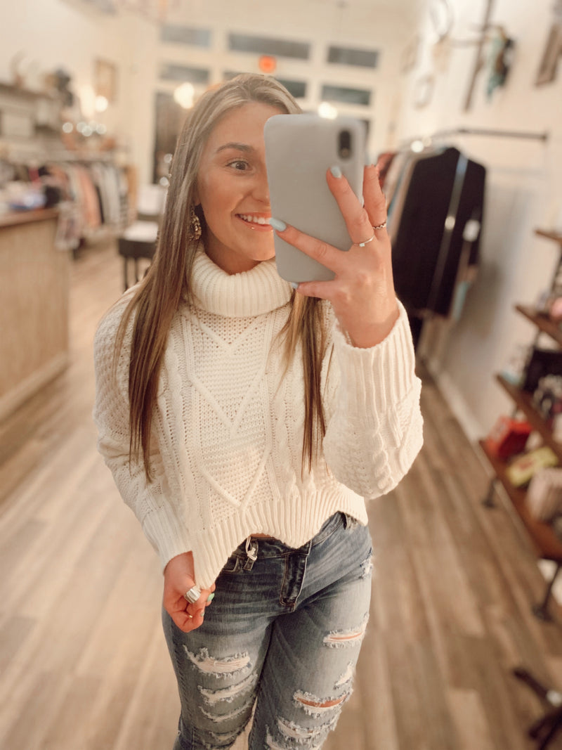 Snowfall Cropped Sweater
