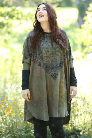 2251 Natural City Tunic -Moss- 'Antique Medallion'