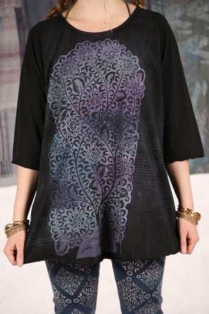 1145 Cafe Tee S/S -Black with Purple Tree of Life Print P
