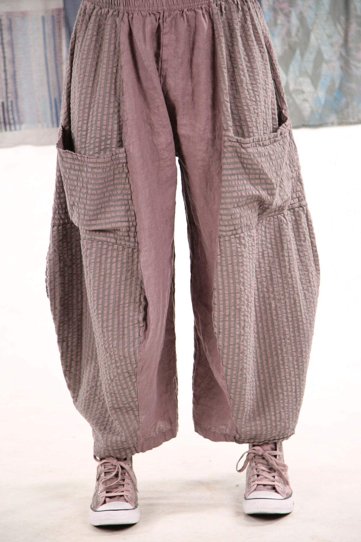 3240 Mojo Pant Plum Haze with herb stripe  1/0/0 overdye?