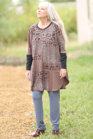2251 Natural City Tunic-Rosewood- Nouveau Pattern Fields