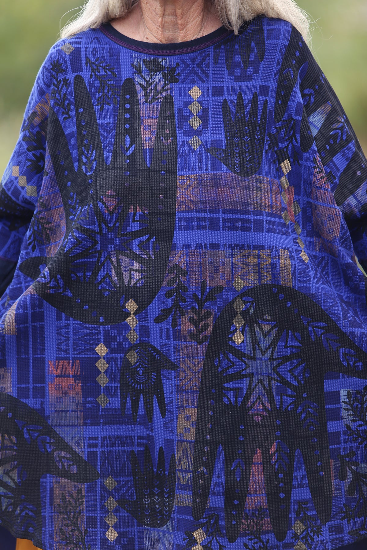 2251 Natural City Tunic Blue Spectrum with contrast thread-P