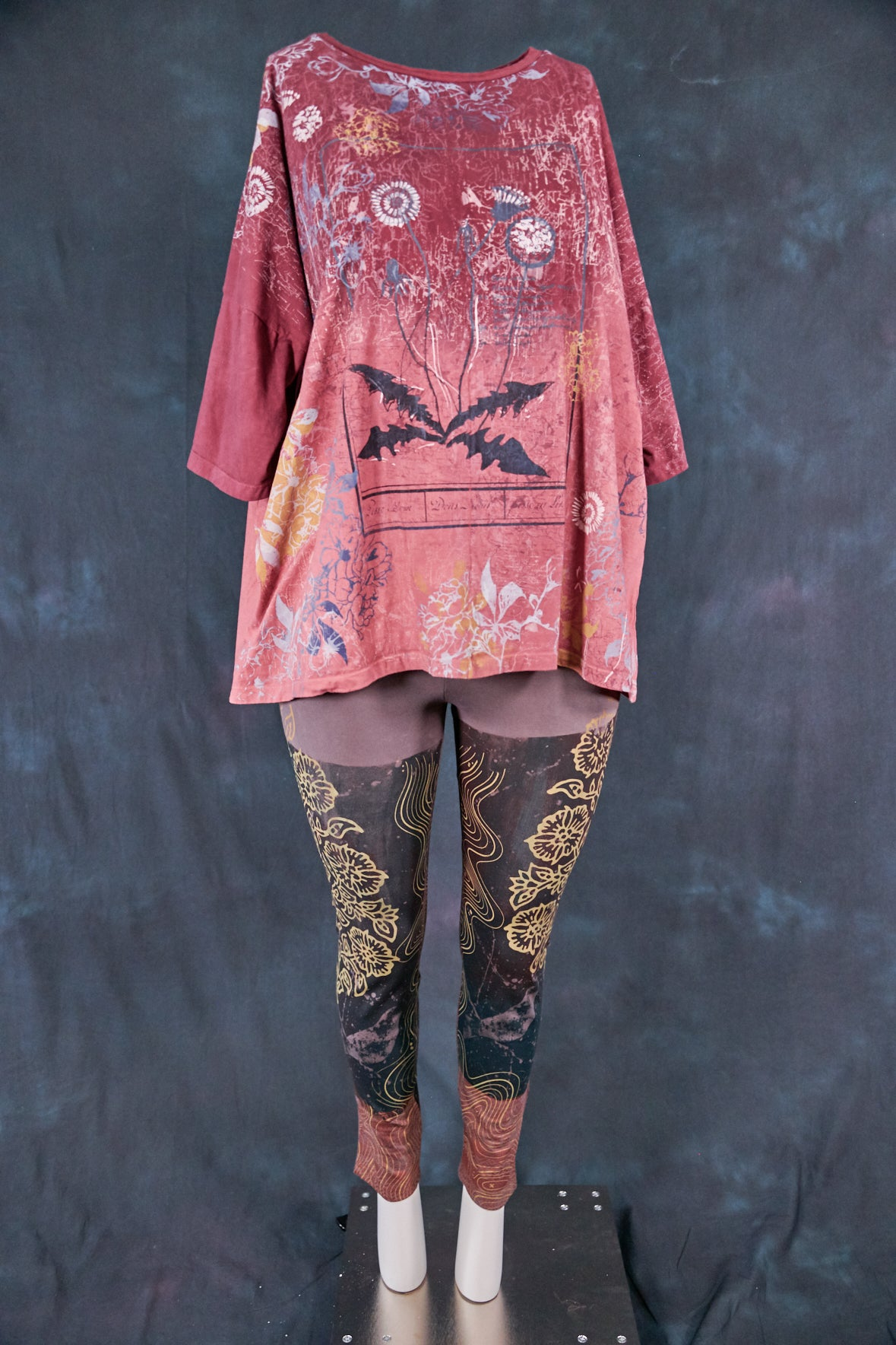 "1236HD Line Tee-Sienna Merlot-Map and Bloom Wild Beauty 28.5""L"