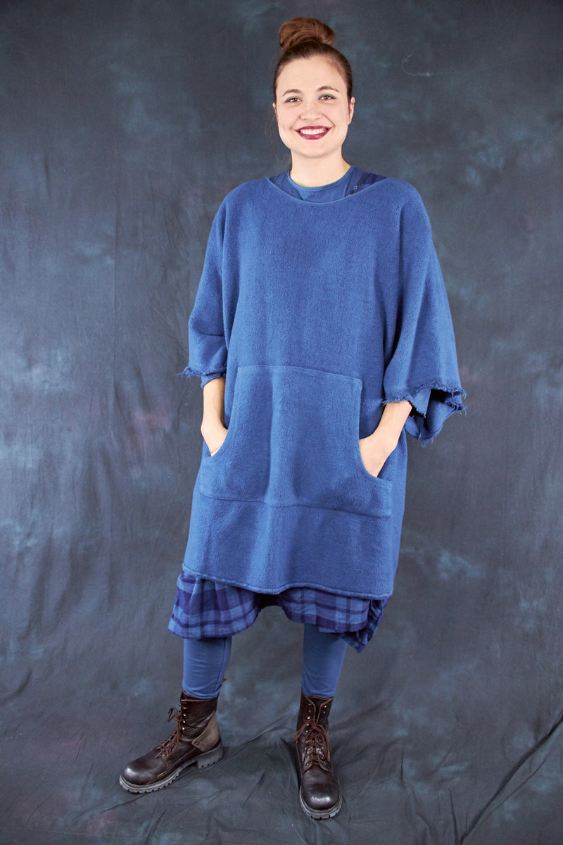 1589 Sherpa Poncho Joy Bird-U