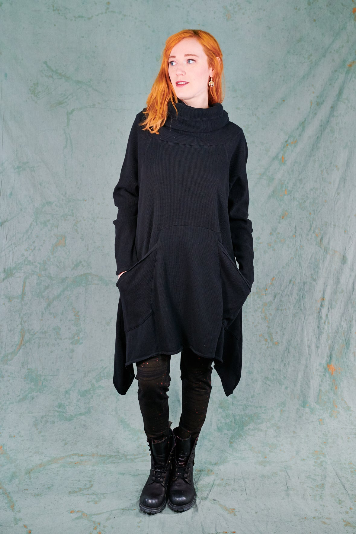 2292 Cowl Thermal Pocket Tunic-Black-Unprinted