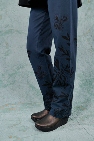 3176 Straight Pant-Lux-Sihouette