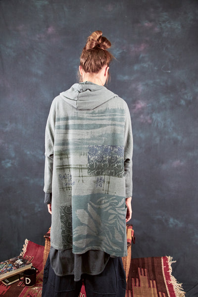 5261 Hooded Cloak Smudge Stick-P