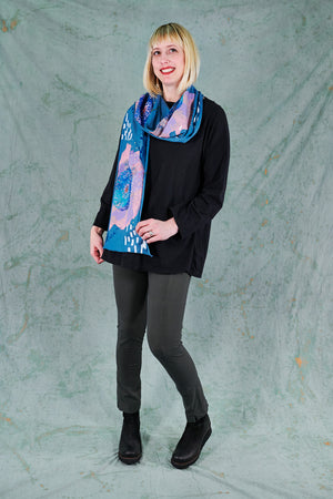 8143 Scarf-Blue-Full Bloom