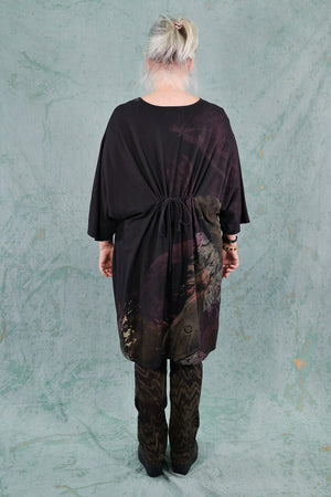 1566 Drawcord Tunic Noir-Feathered Moon