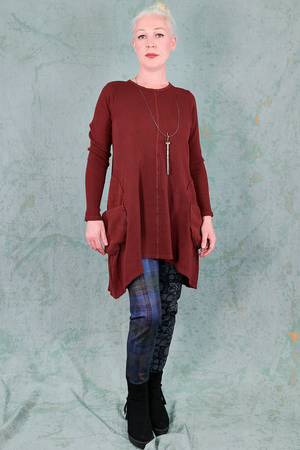 2231 Winter Spirit Tunic-Capsicum-U